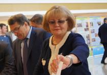 Депутаты беднеют на глазах. Обитатели Заксобрания раскрыли свои доходы: «всё или ничего»