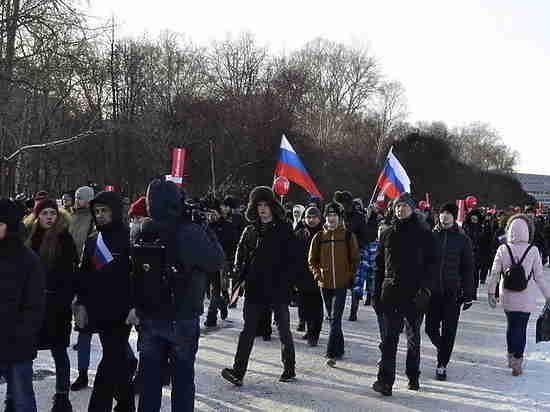 «Забастовка избирателей»: оппозиция снова раскололась, а Ройзман подвел Явлинского