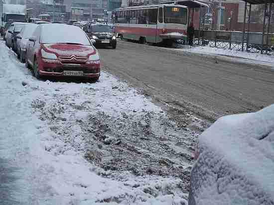 Перед визитом Путина Свердловскую область от снега очищали 509 дорожных машин